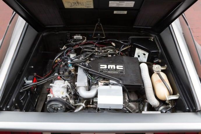 DeLoreans-DMC-12-auction-9