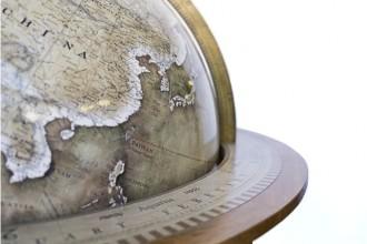 Decadent-handmade-globe-02