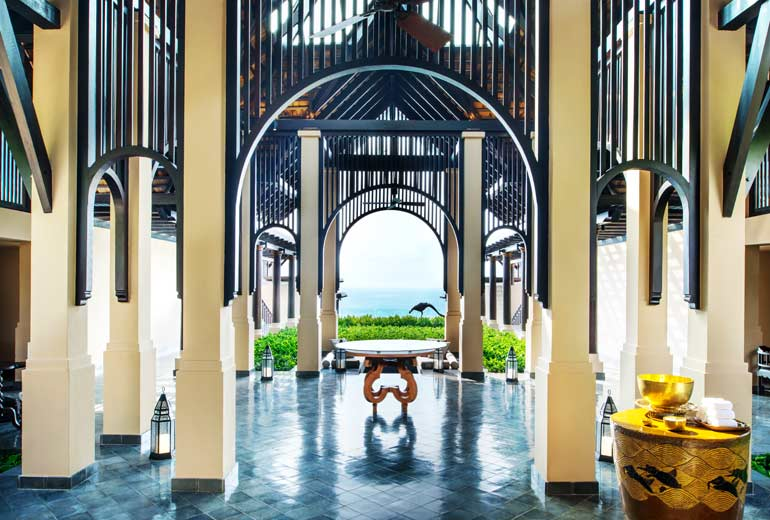 Experience-heaven-on-earth-at-Vana-Belle-2