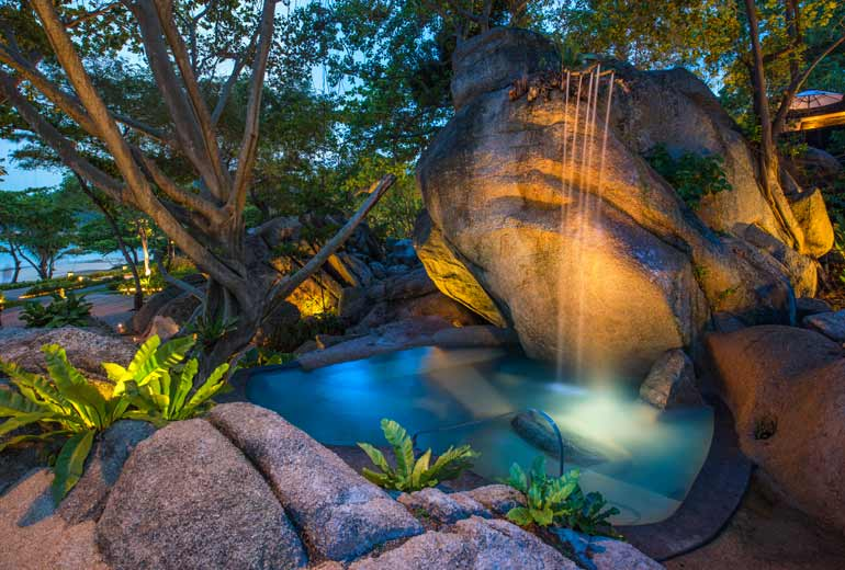 Experience-heaven-on-earth-at-Vana-Belle-4
