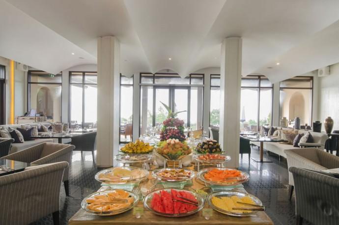 Experience-heaven-on-earth-at-Vana-Belle-Breakfast-Buffet