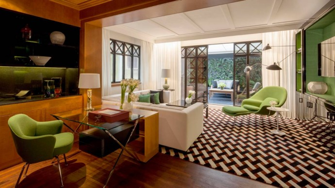Fashion-Suite-at-Four-Seasons-Milano-Hotel