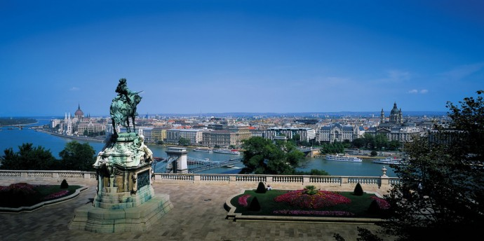 Four-Seasons-Gresham-Palace-Budapest-1