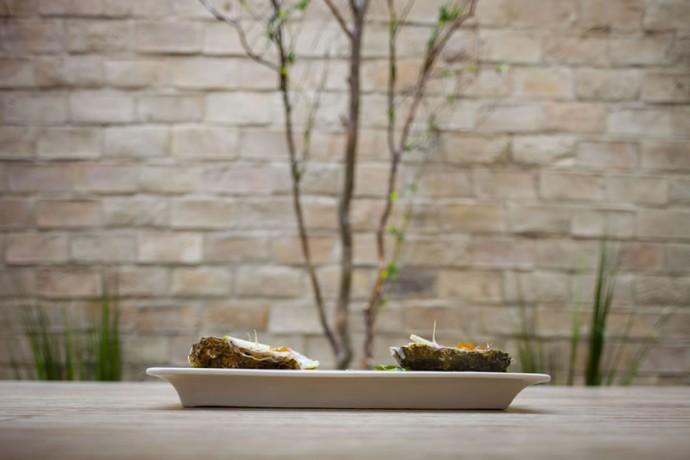 Francesco-Sillittis-new-Oyster-Dish-2