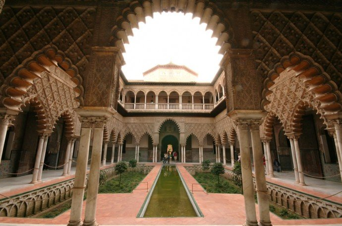 Game-of-Thrones-locations-in-your-travel-bucket-list-Alcázar-of-Seville-3