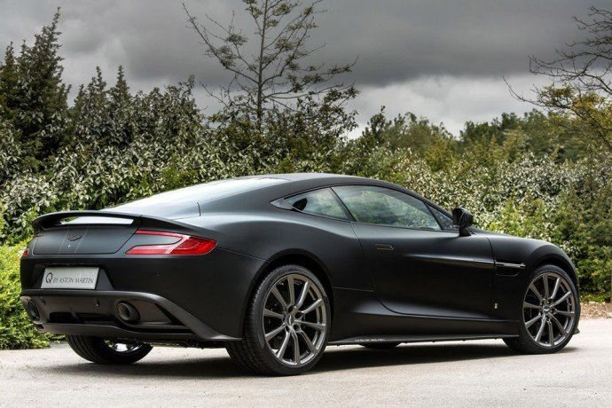 German-businessman-gets-7-bespoke-Aston-Martin-Vanquish-Coupes-3