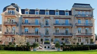 German-luxury-hotel-switch-off-Internet-in-suite-1