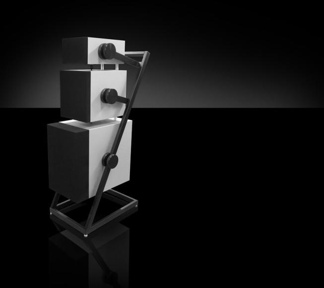 Goldmund-Logos-Anatta-wireless-speaker-system-6