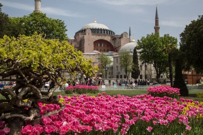 Hagia-Sophia-Church-Istanbul