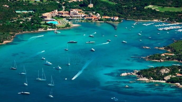 Hotel-Cala-di-Volpe-Sardinia-Italy-1