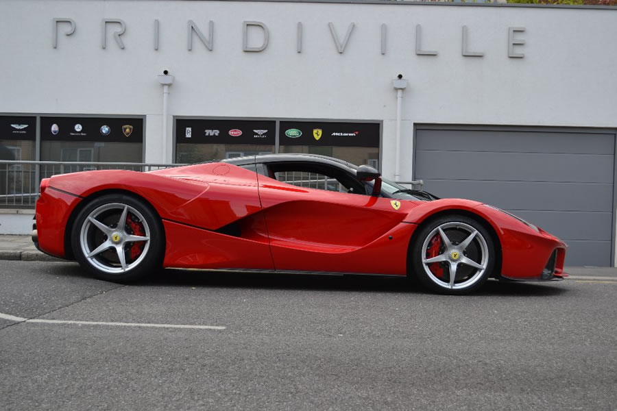 Laferrari Up For Sale In The Uk With A 3 1 Million Price