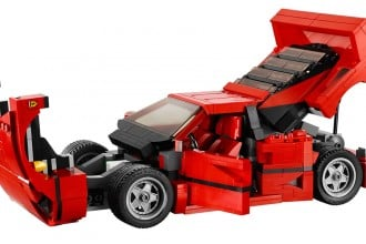 Lego-Ferrari-F40-1