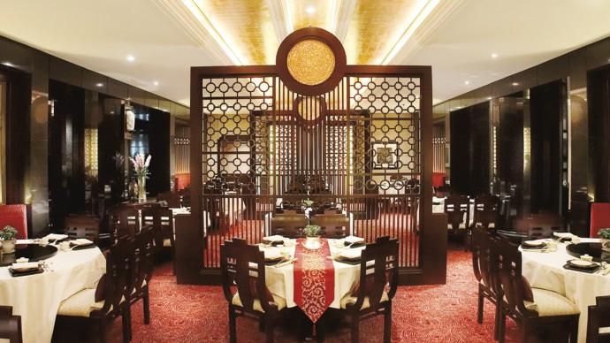 Li-Yen-Ritz-Carlton-KL-serves-modernized-flavors-1