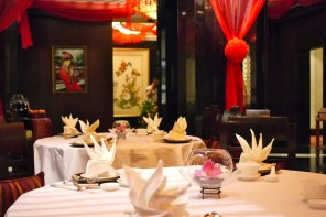 Li-Yen-Ritz-Carlton-KL-serves-modernized-flavors-2
