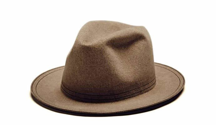 MINI-launches-Gentlemans-Collection-hat-1