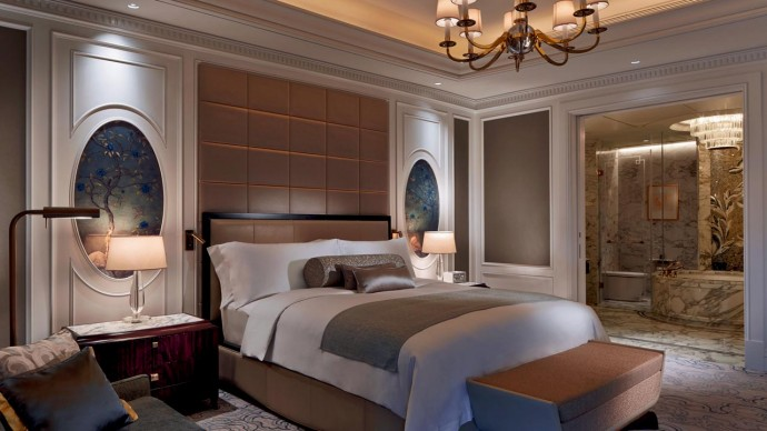 Marriott-International-opens-Ritz-Carlton-Macau-2