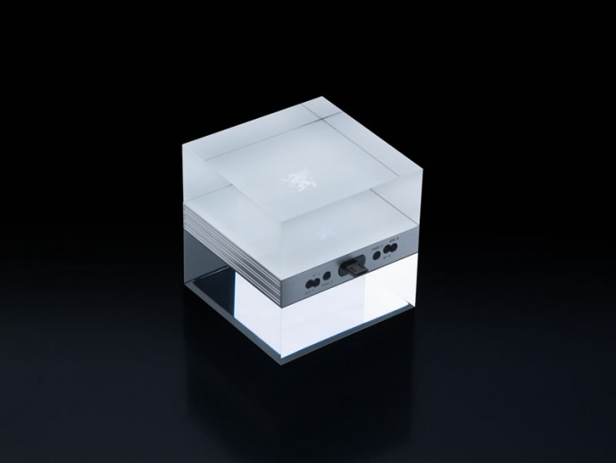 Mobiado-mCUBE-new-charger-stand-7