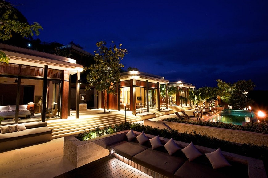 Residences_by_Anantara_-_Sala_at_night_time