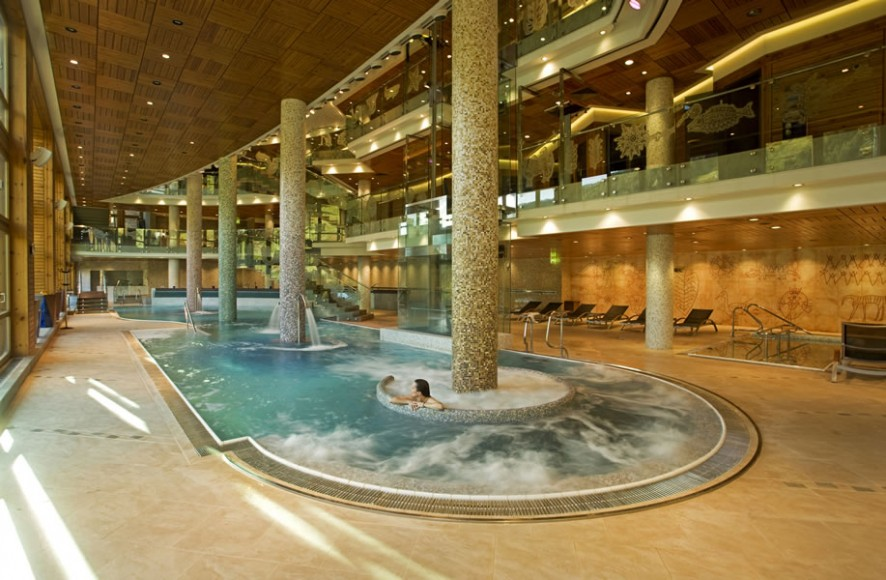 Spa-of-the-Week-Sport Wellness-Mountain-Spa-Andorra-Pool-Summer-5