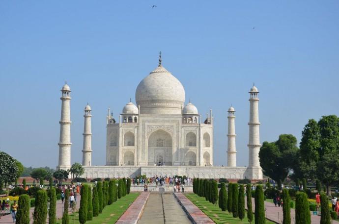 Taj-Mahal_Agra_India