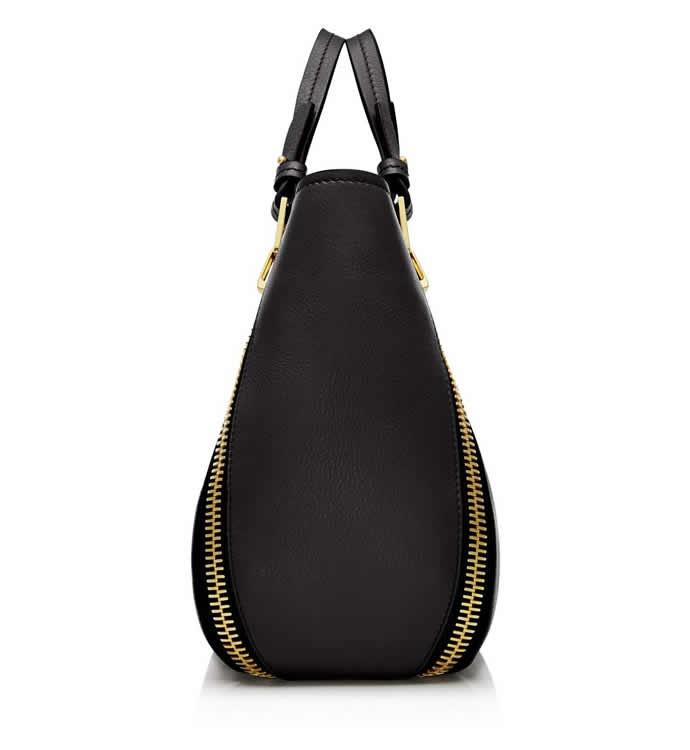 Tom-Fords-Mini-Sedgwick-tote-classic-handbag-2