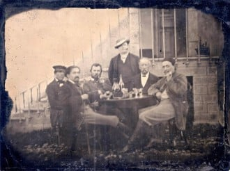 Van-Gogh-finally-seen-in-rare-1887-photograph-1