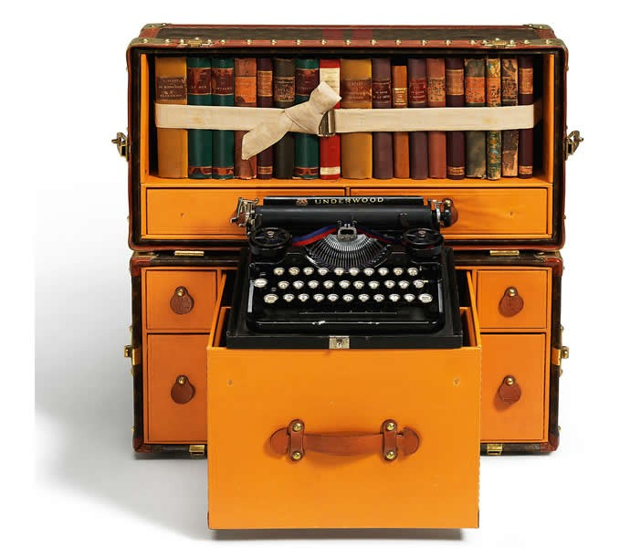 author-Ernest-Hemingway-Louis-Vuitton-library-trunk-2