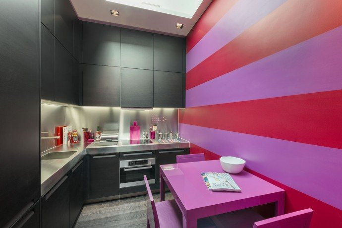most-expensive-Tutti-Frutti-in-Knightsbridge-bedroom-house-5