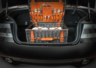 new-Aston-Martin-picnic-hamper-3