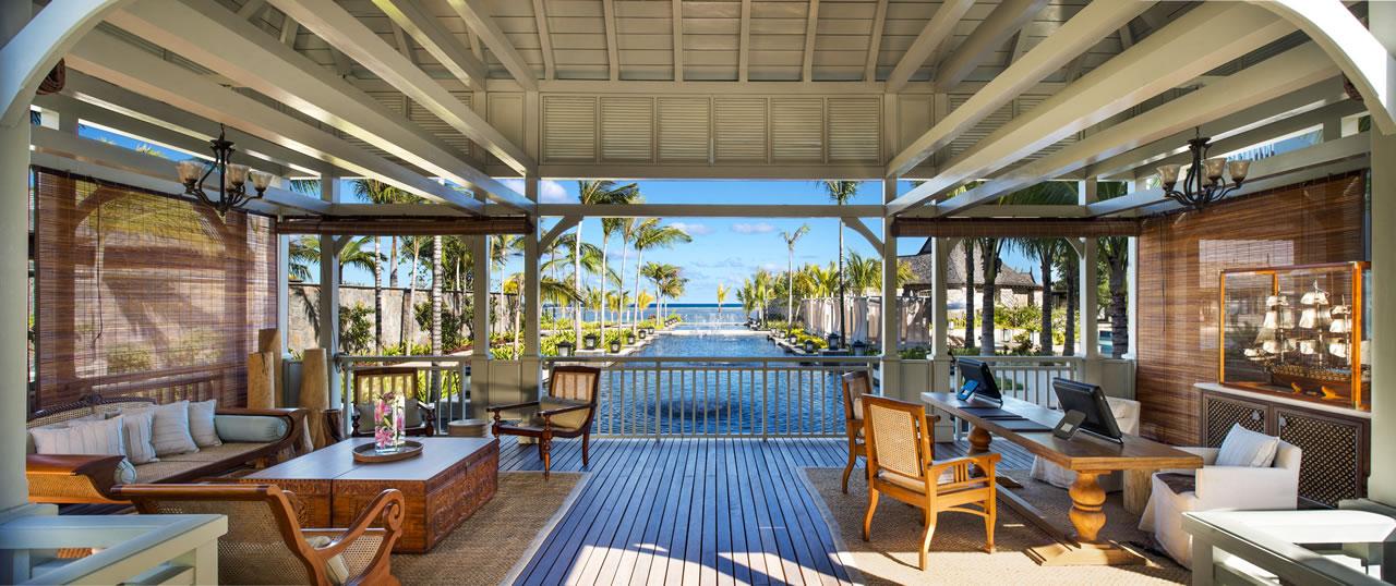 st-regis-mauritius-Welcome Pavilion Twilight