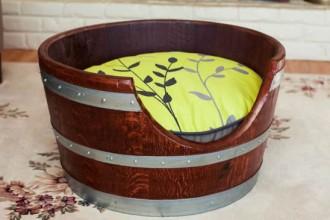 wine-barrels-repurposed-as-pet-beds-1