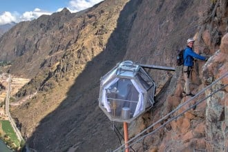 400-ft-high-Natura-Vive-Skylodge-3