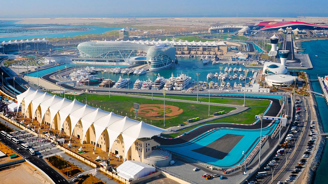Abu-Dhabi_ Yas-Island-2