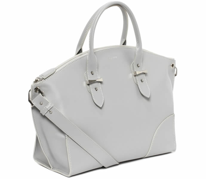 Alexander-McQueen-Legend-Bag-2