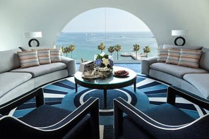 CINEMA-INSPIRED-SUITE-On-FRENCH-RIVIERA-1