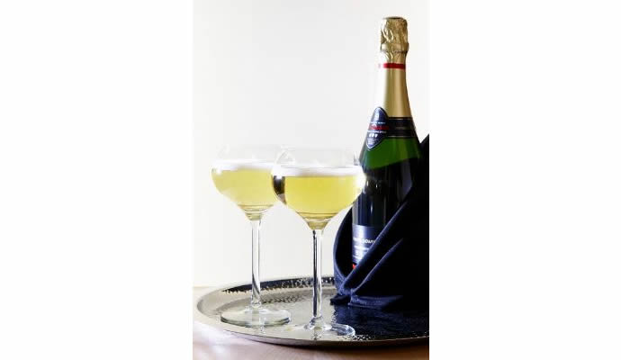 Champagne-flutes-get-makeover-from-Royal-Leerdam-2