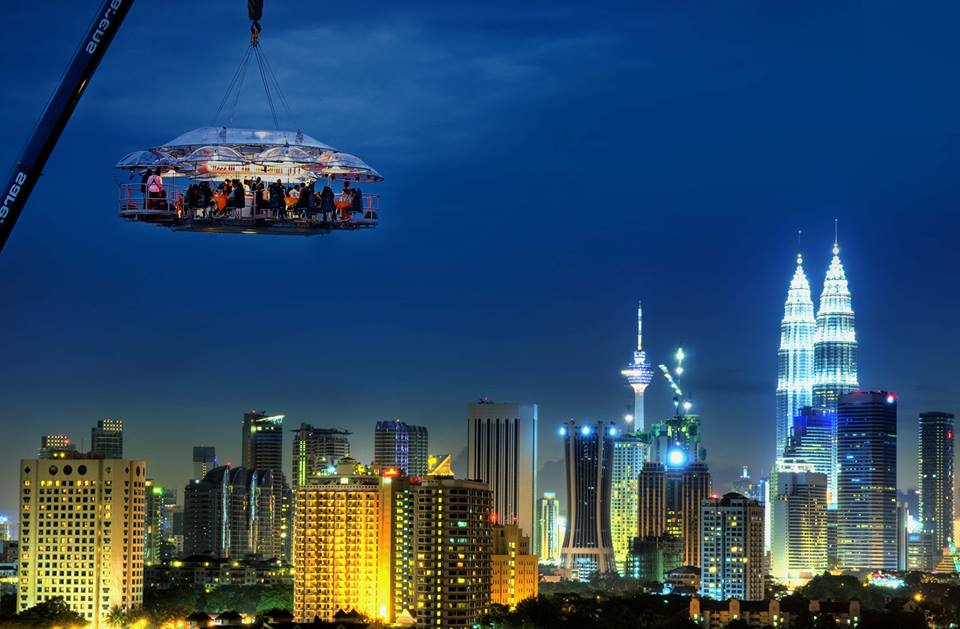 Dinner-in-the-Sky-Malaysia-200