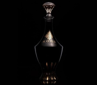 Fancy-vodka-in-crystal-and-gold-bottle-4
