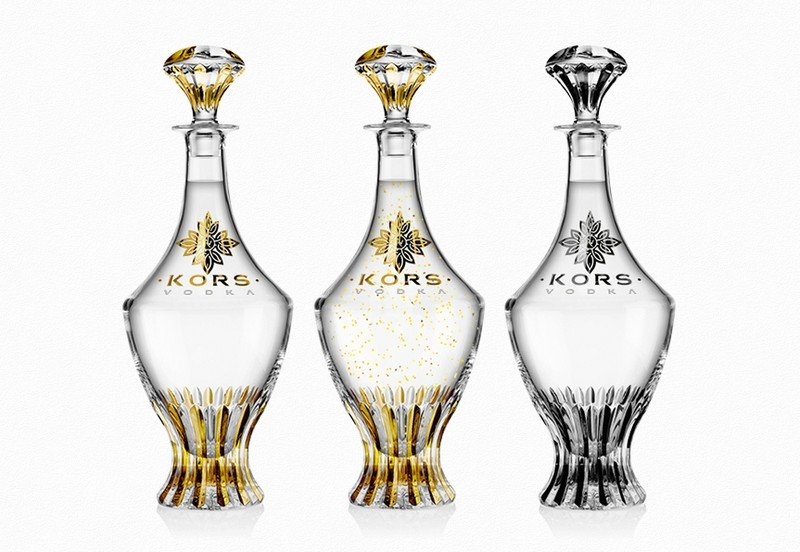 Fancy-vodka-in-crystal-and-gold-bottle-6