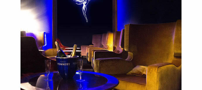 France-Petrossian-Salmon-champagne-movie-theatre-1