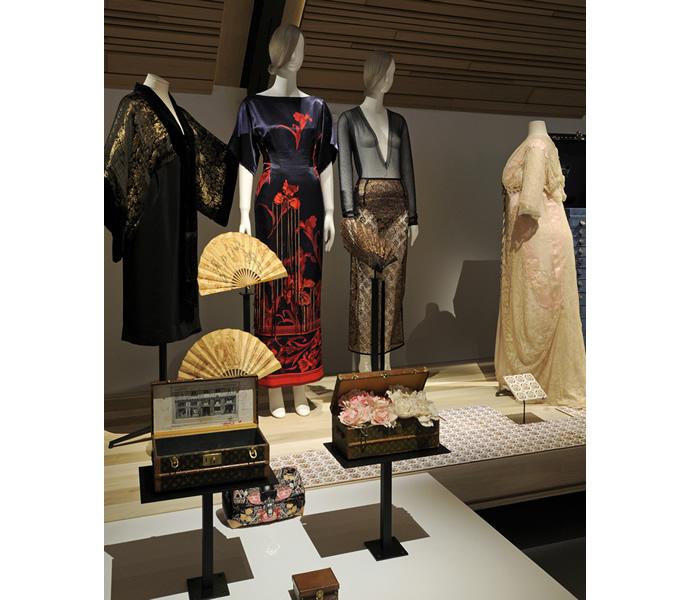 Louis-Vuittons-exclusive-La-Galerie-at-Parisian-residence-4