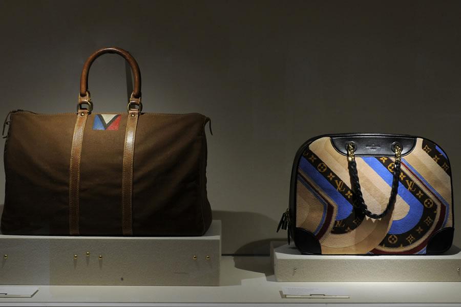 Louis-Vuittons-exclusive-La-Galerie-at-Parisian-residence-7