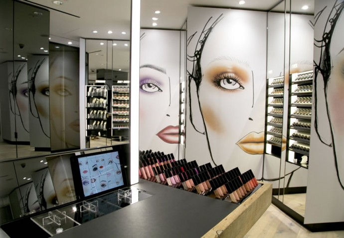 MAC-make-up-studio-2