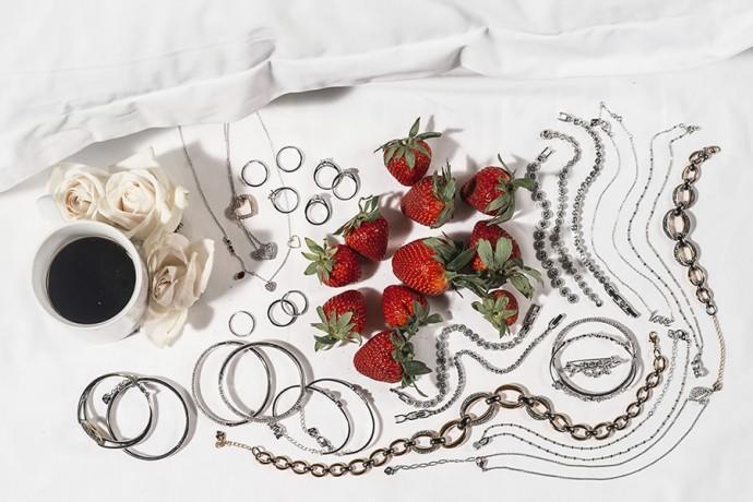 Miranda-Kerr-new-jewelry-for-Swarovski-3