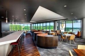 Porsche-restaurant-at-Atlanta-1