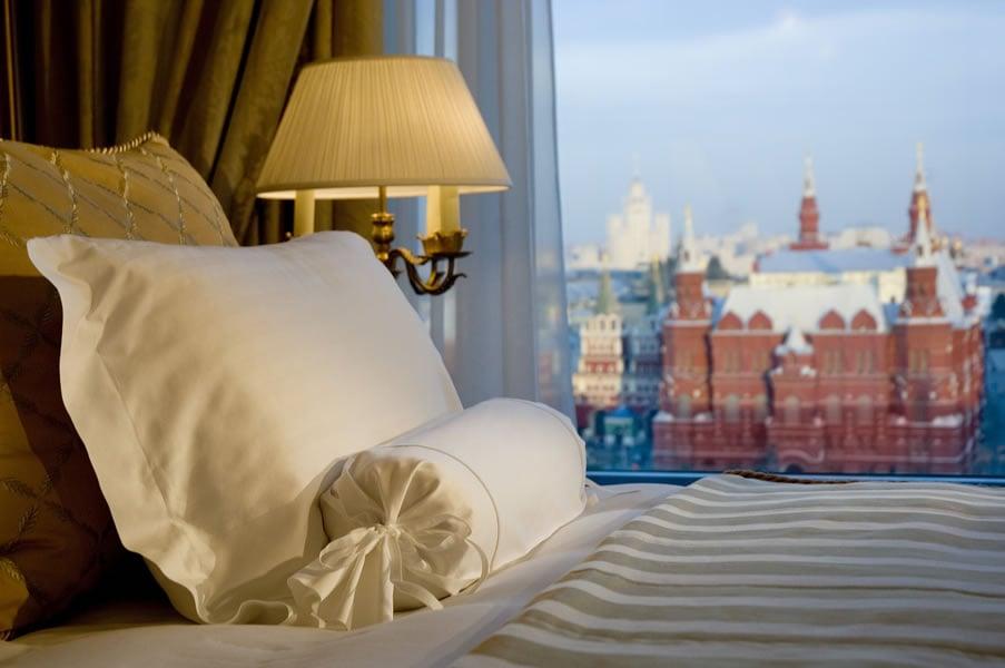 Ritz-Carlton-Suite-4