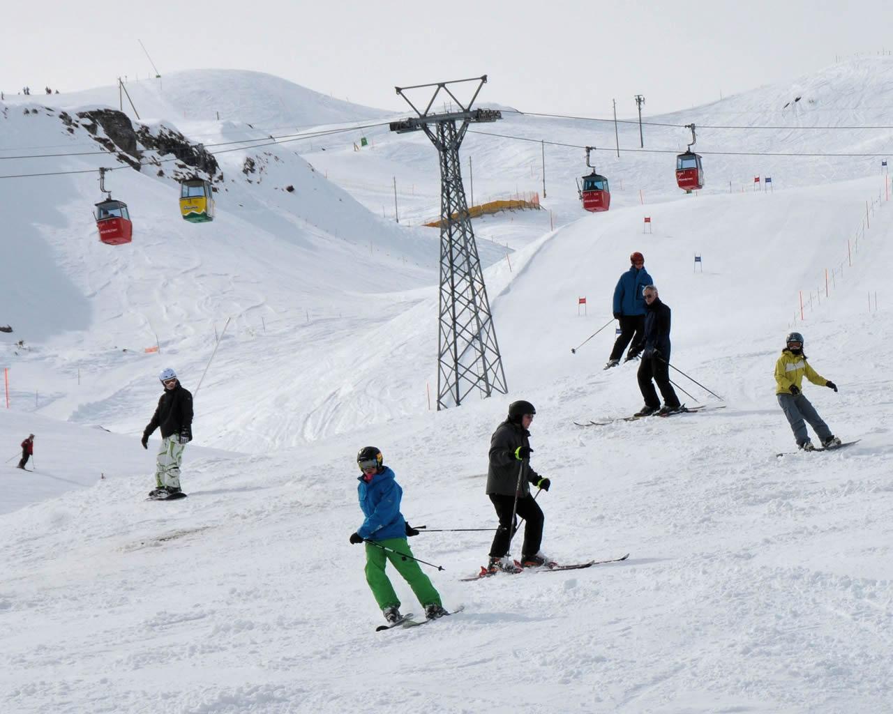 St-Moritz-ski-and-snowboard