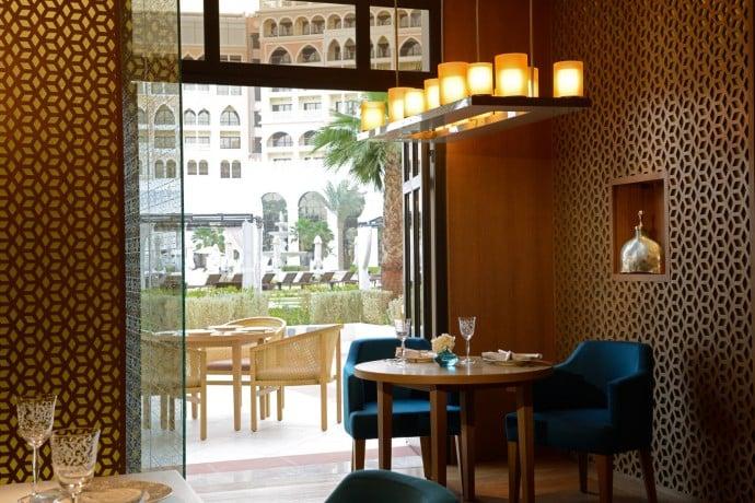 The Ritz-Carlton Abu Dhabi, Grand Canal MijanaTerrace