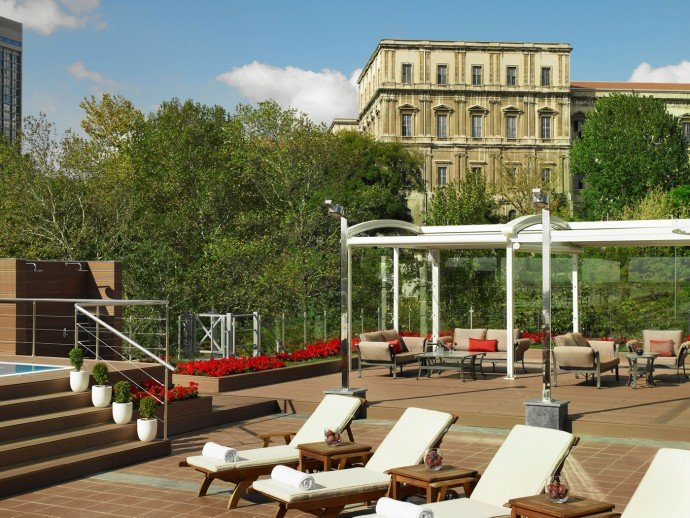 ritz-carlton-istanbul-Open-Air-Spa-Back