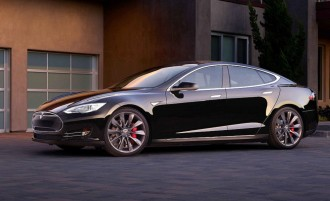 tesla-model-s-picks-up-a-luuudicrous-mode